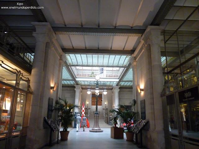entrada-al-museo-del-comic-de-bruselas.JPG