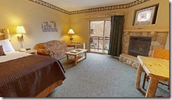 300-KidCabin-Suite-Fireplace-3