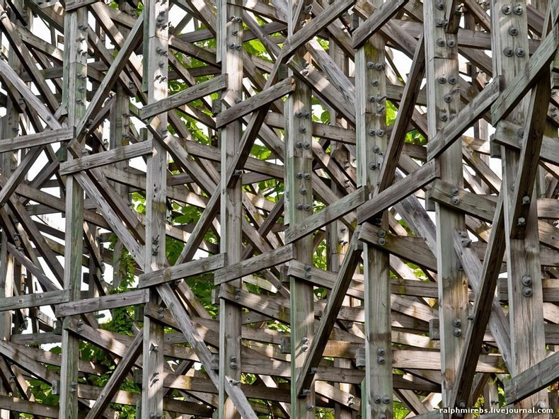wooden-rollercoaster-7