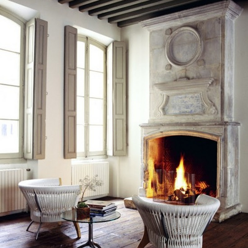 Autumn-time = Fireplace gathering