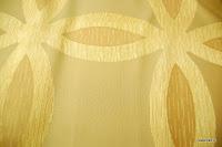 Ekskluzywna tkanina trudnopalna. Na zasłony, poduszki, narzuty, dekoracje. Złota.