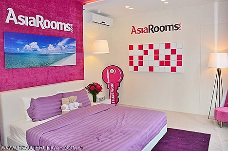 AsiaRooms.com Pop Up Hotel leading online travel accommodation specialist in Asia experience sleeping starry gaze Singapore's most iconic buildings landmarks personal bulter, personalized services massage treatments