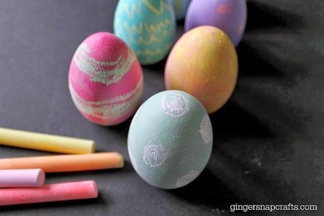 chalkboard eggs #craft #spring #chalkboard