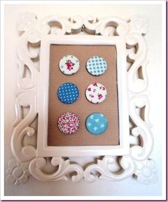 Framed_Buttons_Badges[4]