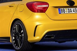 2013-Mercedes-A45-AMG-4