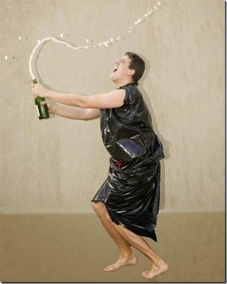 kardashian-champagne-catch-010