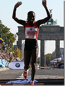 Florence Kiplagat winning the Berlin Marathon