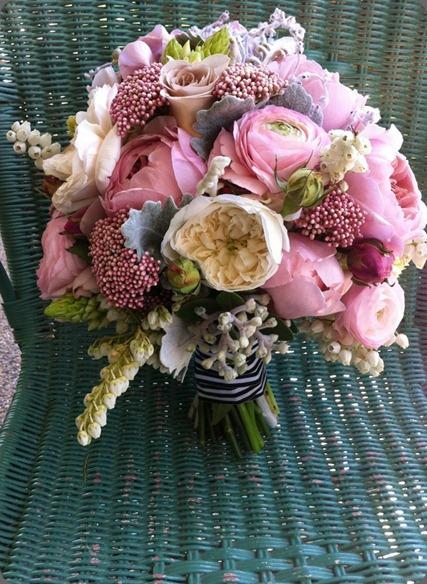 314967_290335627658004_1139319211_n  the bouquets od ascha jolie au