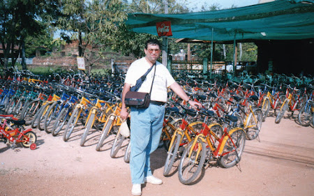 148. rent a bike Sukhothai.jpg