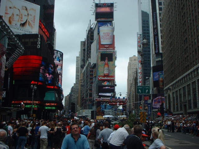 New York 2002 - timesquare5.jpg