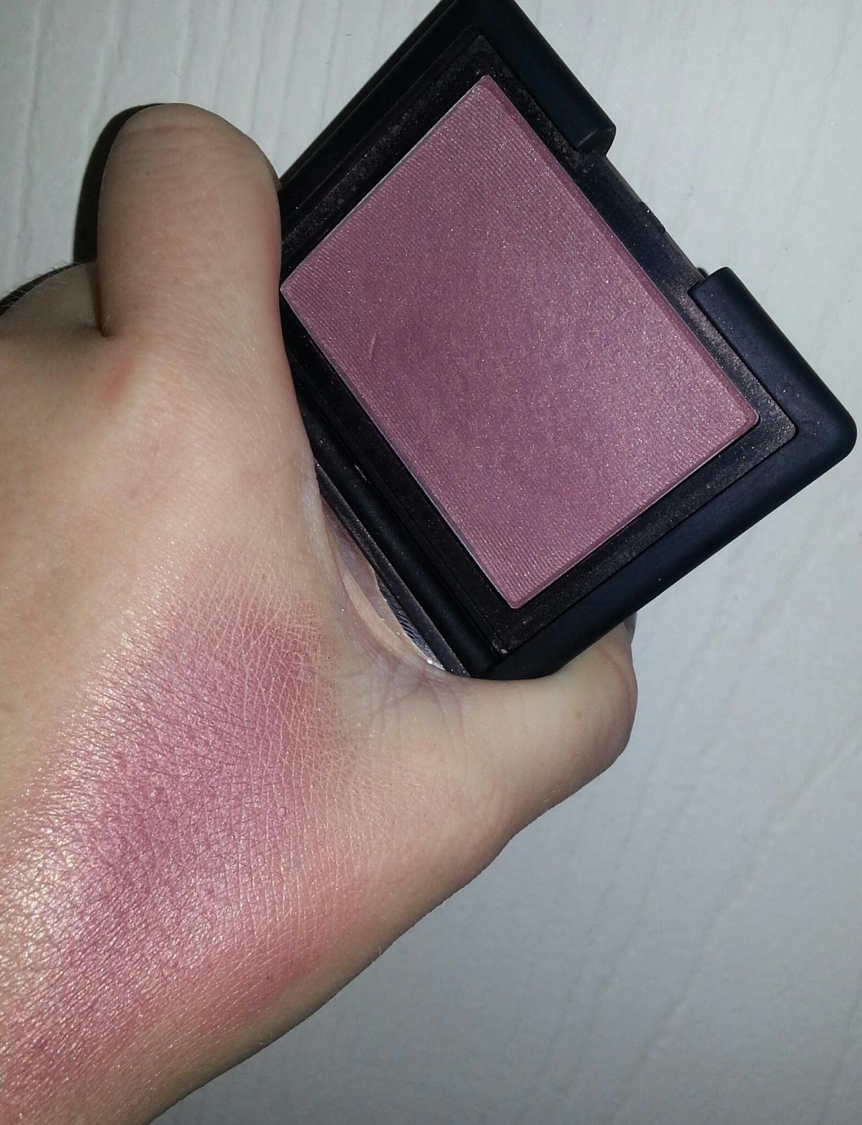 Erika Loves Beauty : NARS Sin Blush Photos&Cheek Swatch!