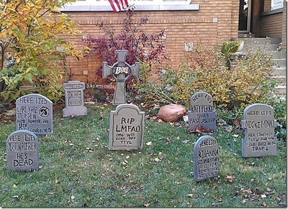 halloween-house-decorations-6
