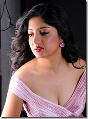 poonam_kaur_sexy pic