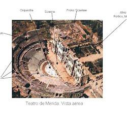 63 - Elementos de un teatro romano - Mérida