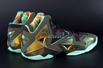 lebron11 king of the jungle 07 web dark LEBRON 11 Breakdown: Yes, its True to Size & Yes, its the Lightest LBJ Sig!
