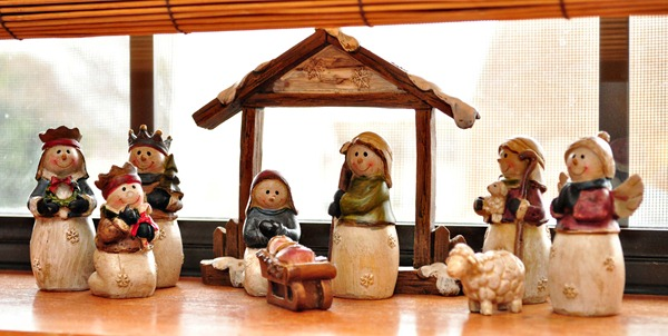 Kitchen Window Nativity
