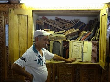 40. Rabbi Yusuf Fakar - Samarkand.JPG