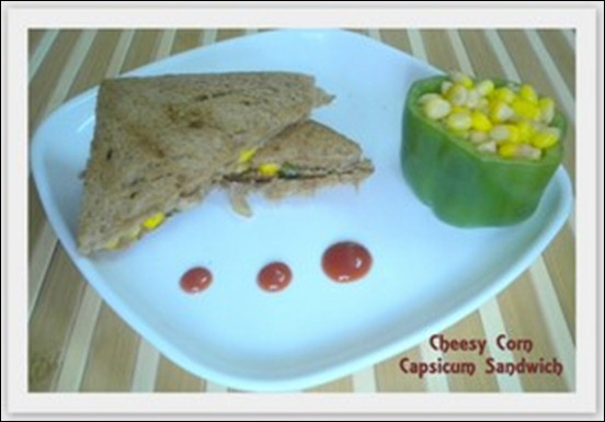 Cheesy Corn Capsicum Sandwich1