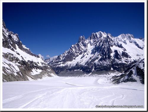 Descenso del Valle Blanco esquiando (Chamonix, Alpes) 5386