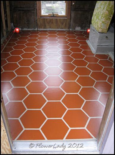 01-14-caravan-floor