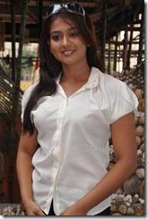 actress_varsha_aswathi_stylish_photo