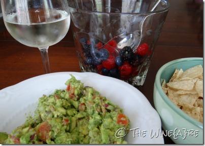 guacamole_entwine_pinot_grigio_wine_berries