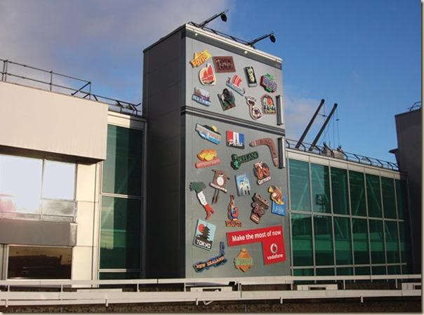 Publicités sur immeubles-fridge