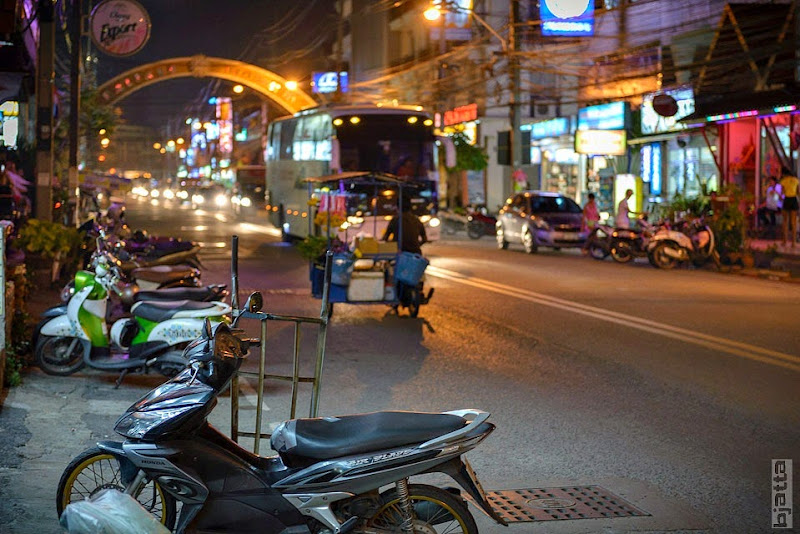 2557_Thailand_Pattaya_Jomtien_transport_tuk_tuk_tuck_tuck_taxi-23