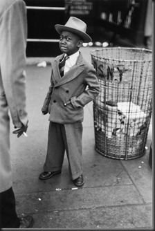 Ruth_Orkin_Tired_Little_Boy
