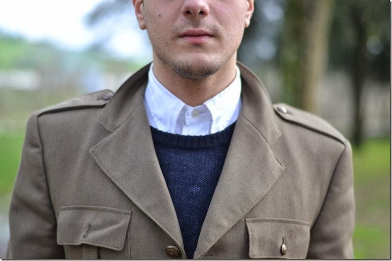 Giacca: Vintage Camicia: Prada Maglia:Prada Jeans: Polo Ralph Lauren Scarpe: British Passport