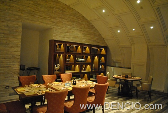 Cafe Ilang Ilang Buffet Manila Hotel 200