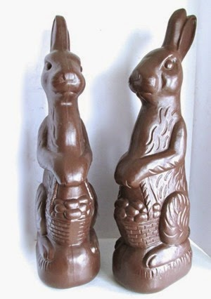 Don Featherstone Blow Mold Easter Bunny in chocolate
