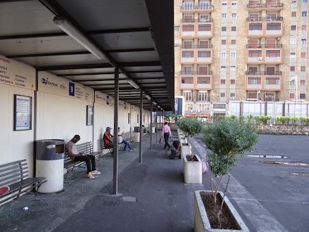 07. Autogara din Catania.JPG