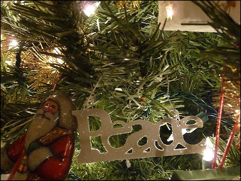 Christmas tree 2011 049 (800x600)