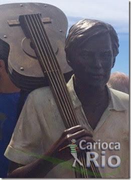 Estátua em homenagem a Tom Jobim é inaugurada na orla de Ipanema - Rio de Janeiro