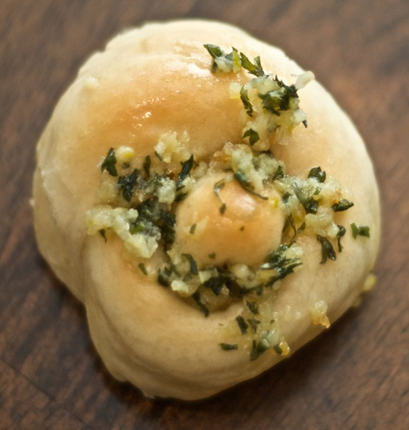 Single Garlic Knot