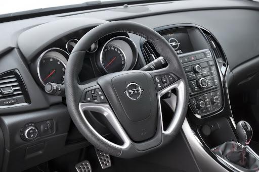 http://lh3.ggpht.com/-94-vfD2OaO4/T9sjadY6UaI/AAAAAAAH7JQ/Kf-ebHoSbO8/2013-Opel-Astra-17%2525255B2%2525255D.jpg