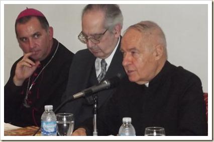 Doctor Honoris Causa al Padre Alfredo Saénz