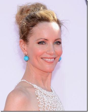 Leslie Mann 64th Annual Primetime Emmy Awards EWEsVsPHC0dl