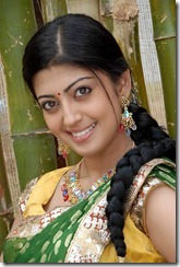 close up_pic_pranitha