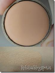 couleur caramel concealer swatch