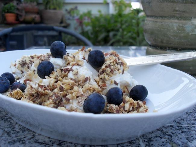 Morgenmad på altanen