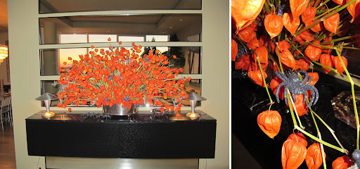 This gorgeous orange arrangement was littered spooky surprises. The black glitter caught the light in such a hauntingly perfect way.