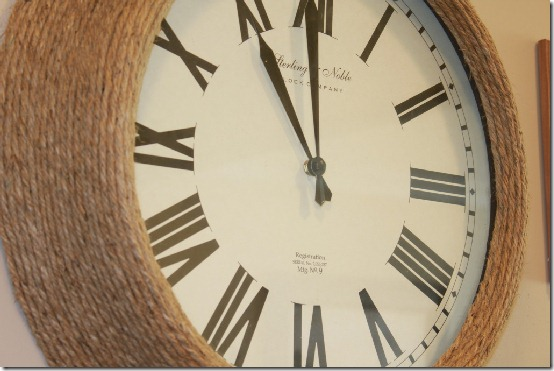 diy projects with jute--make a jute wall clock from an outdated or plain clock