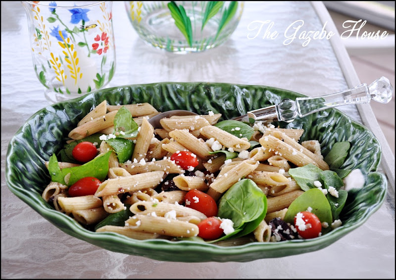 Greek Spinach Olive Pasta Salad