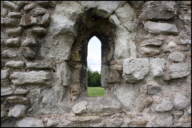 Window in ruined Lesnes Abbey