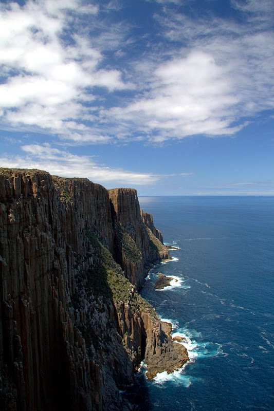 Cliffs of Cape Raoul walk tasmania 2
