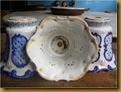 Kap lampu porcelen kuno