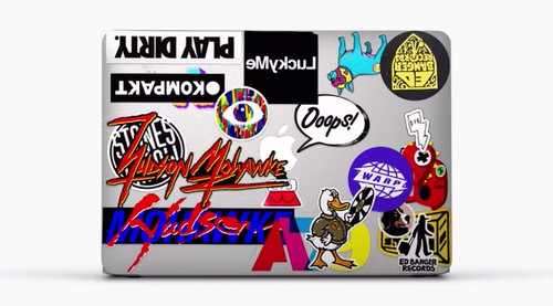 Macbook cm ad sticker apple2