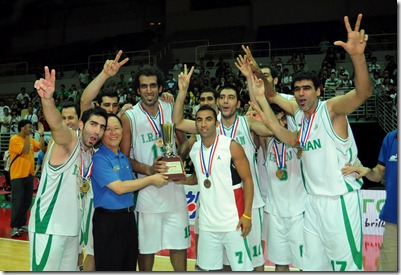 第33屆瓊斯盃冠軍伊朗